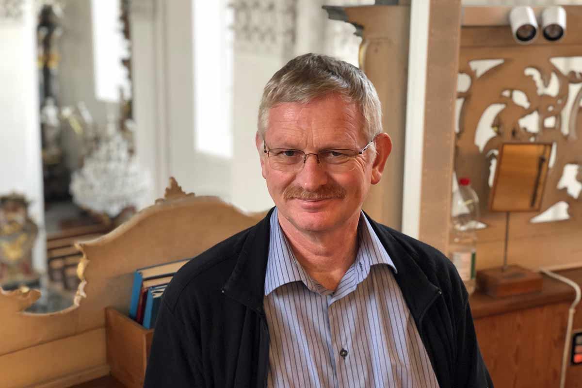 Karl Trütsch ist Organist des Kirchenchors Schwyz